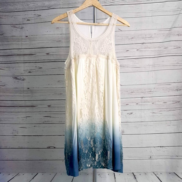 New Women's  Blu Pepper Sleeveless crochet detail Dress size Medium boho Ivory